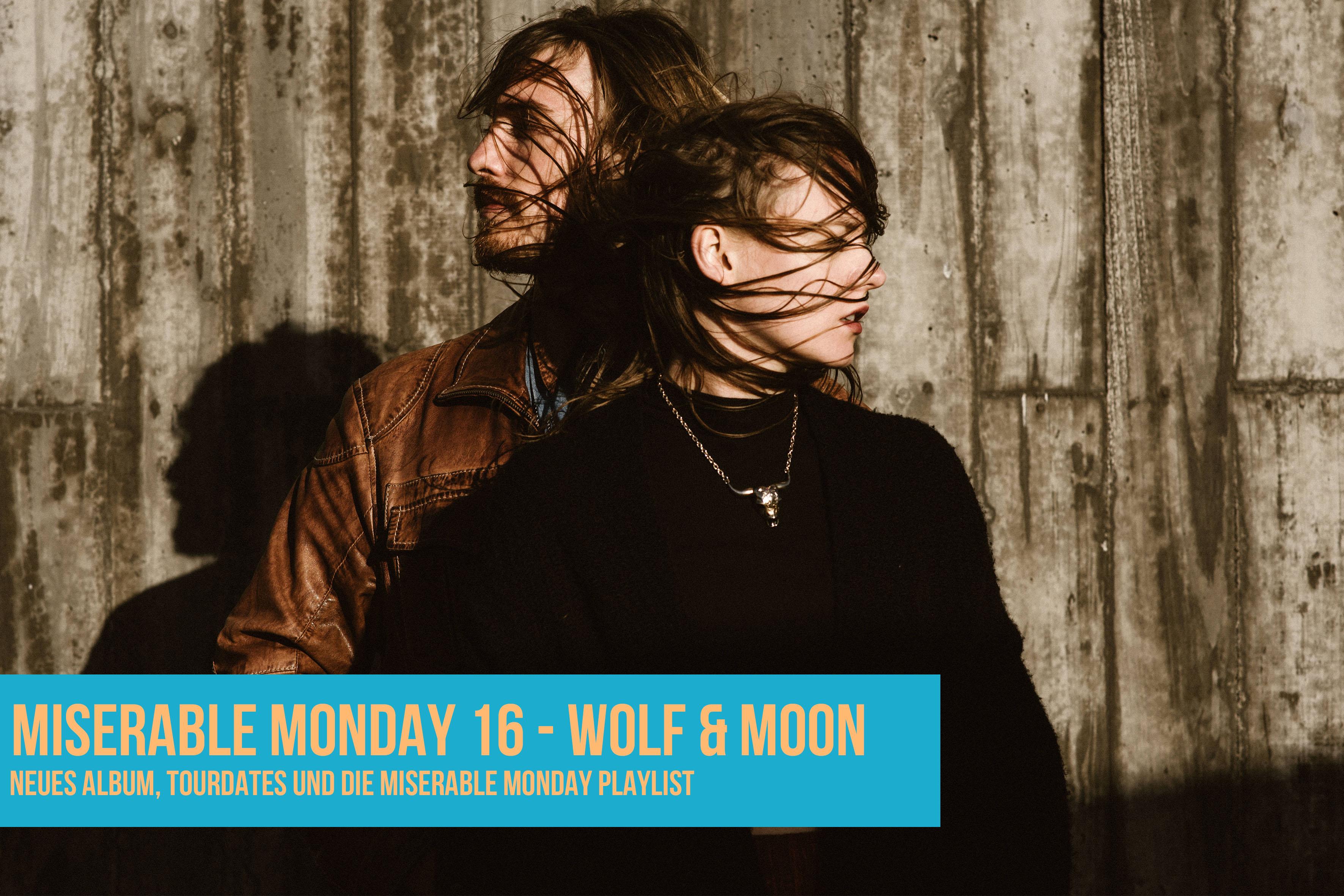 016 - Wolf & Moon